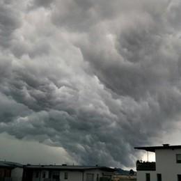 Meteo: venerdì tenete bene l'ombrello Tra le 12 e le 18 previsti temporali forti