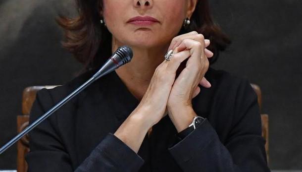 Boldrini, chi insulta non fa politica