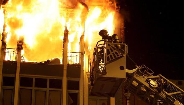 Incendio in bar a Rouen, 13 morti