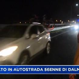 tornava dalle ferie, 56enne di Dalmine muore investitoin autostrada