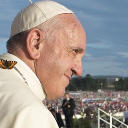 Il Papa e il terrorismo Critiche e contraddizioni
