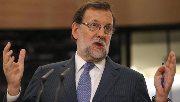 Rajoy pronto a offrire tutto per governo