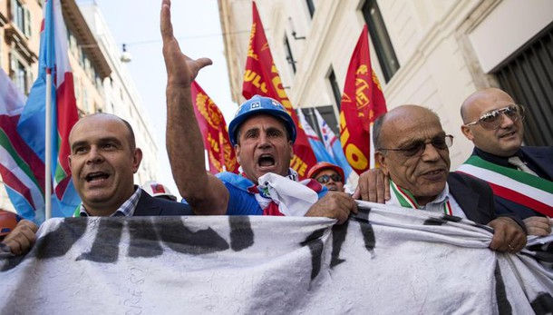 Lavoro: proposta Confindustria-sindacati