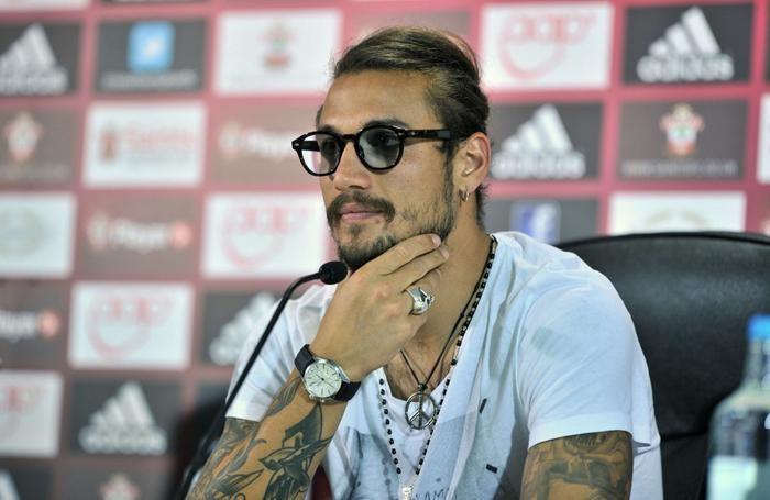 Il look particolare di Osvaldo