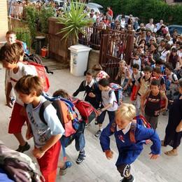 Primo giorno di scuola per 170mila Sempre più multietnica: 15% stranieri