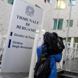 «Tentò di avvelenare il marito» Infermiera rinviata a giudizio