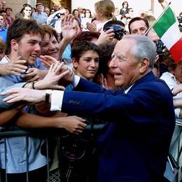 Addio a Ciampi, presidente dell'orgoglio Nel 2003  la visita a Bergamo - Fotovideo
