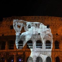 Olimpiadi, la Raggi dirà no a Roma 2024 E Maroni insiste: «Candidiamo Milano»
