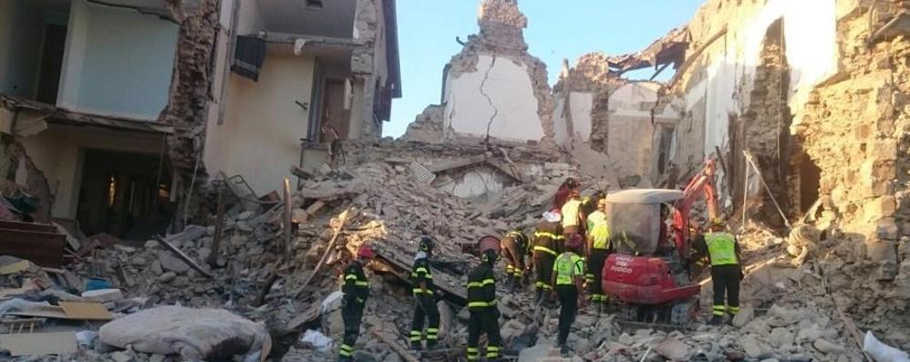 La Provincia e il terremoto «Non inviate cibo e vestiti»