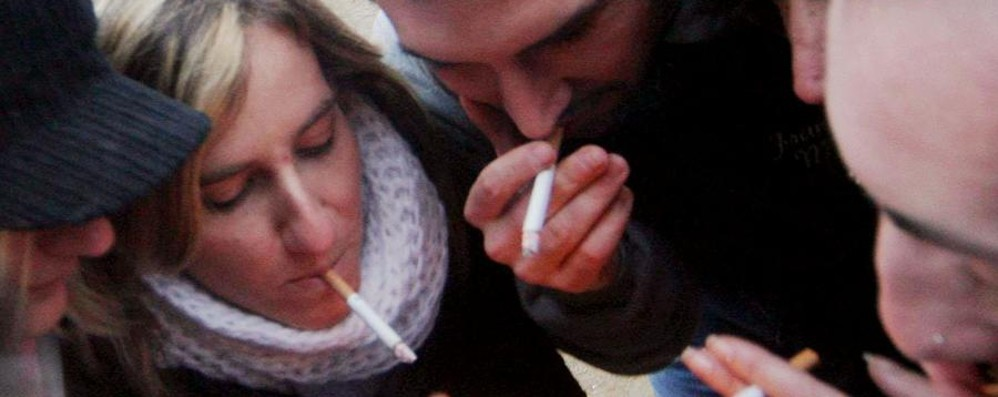 Sempre più giovani italiani fumano Vizio per un adolescente su tre