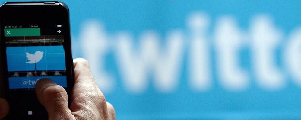 Twitter in vendita: vale 16-18 miliardi Google e Saleforce sono interessati