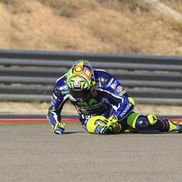 Rossi vola, in terra..., ad Aragon Pole a Marquez, Valentino è sesto
