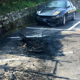 Fiamme a Viadanica Incendio distrugge 4 auto