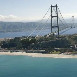 Renzi rilancia il ponte sullo Stretto «Può creare 100 mila posti di lavoro»