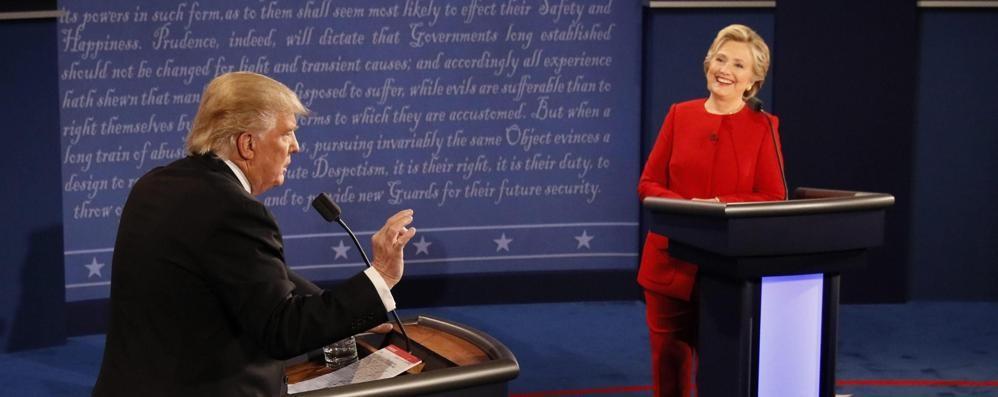 Hillary manca il colpo del ko