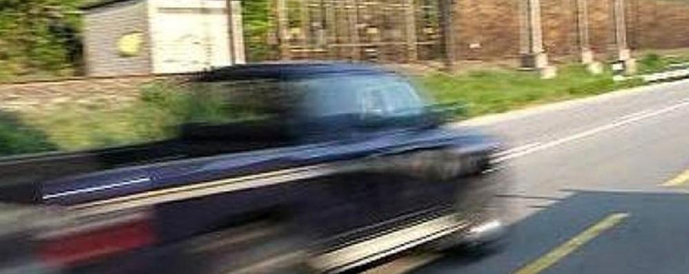 Milano, travolge in auto due ragazze Caccia al pirata della strada