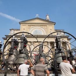 Seriate, le campane di nuovo a casa dopo il restauro durato 3 mesi     - Video