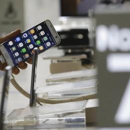 Una batteria (molto) esplosiva Samsung blocca il Galaxy Note 7