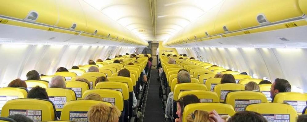 Dal 2019 si vola connessi a internet Il wi fi gratis sugli aerei presto realtà