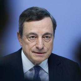 L'economia in apnea si affida a Draghi