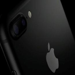 Apple lancia il nuovo iPhone 7 Resiste all'acqua, fotocamera top