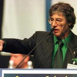 Insultò Napolitano ad un comizio Pena ridotta ad un anno per Bossi