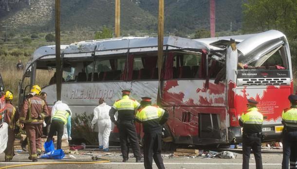 Bus Catalogna, Spagna riapre le indagini