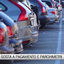 Bergamo - Bocciati la sosta a pagamento e i parchimetri