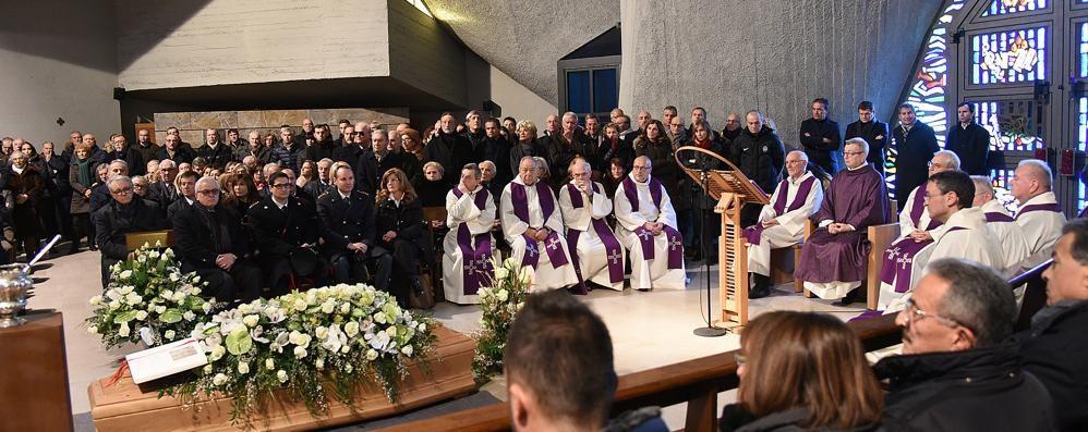 Funerali di Annamaria Radici «Te ne sei andata in punta di piedi»
