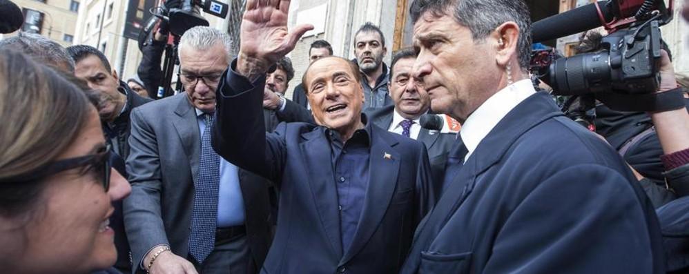 Berlusconi, c'è sempre e spariglia i fronti