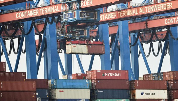 Istat, export novembre +5,7% su anno