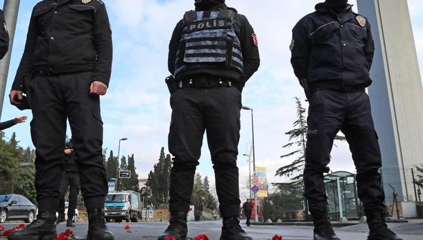 Istanbul: fermati 8 sospetti Isis