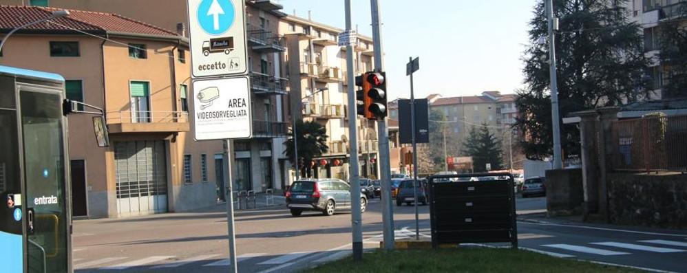 Sulla Briantea arriva il «Rosso stop» Automobilisti, attenzione alle multe