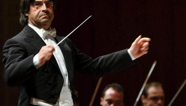 Muti alla Scala, brano per vittime sisma