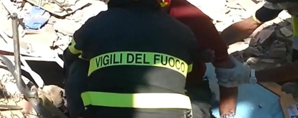 Bergamo in aiuto a Farindola I nostri pompieri all'hotel Rigopiano