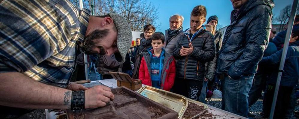 Il cioccolato sbarca a Bergamo Da giovedì è festa dolce sul Sentierone