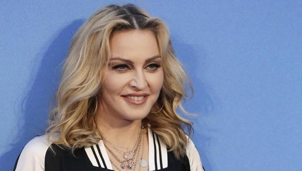 Madonna adotta altri due bimbi in Malawi