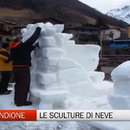 Valbondione, le sculture di ghiaccio e neve