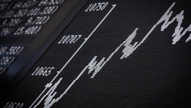 Tasso Btp sale al 2,20%, top luglio 2015