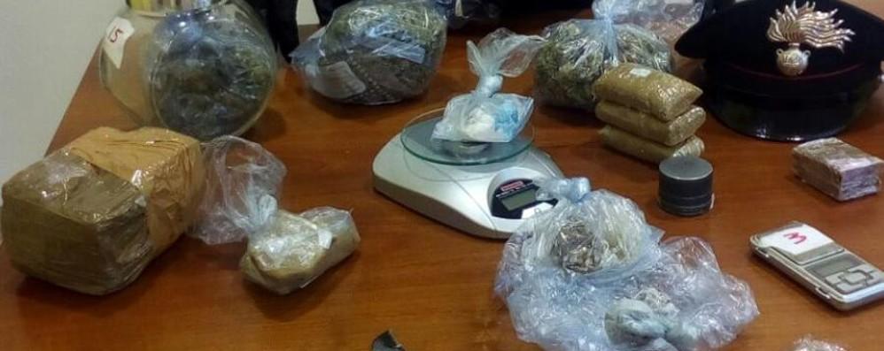 Tra riviste e giornali anche droga Arrestato edicolante-spacciatore