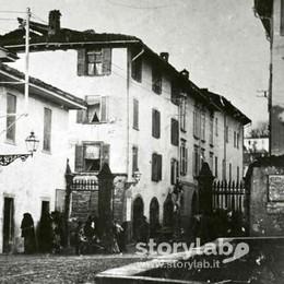 I vecchi borghi sbarrati dai cancelli Ecco via San Tomaso nel 1890