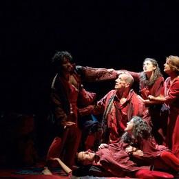 Il tema della migrazione al Donizetti In scena Lella Costa e Marco Baliani