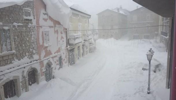 Allerta meteo, ancora neve e gelo