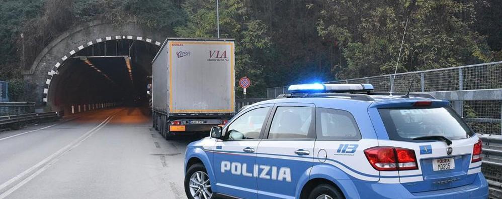 Incidente in superstrada a Nembro Traffico in tilt alla galleria Montenegrone