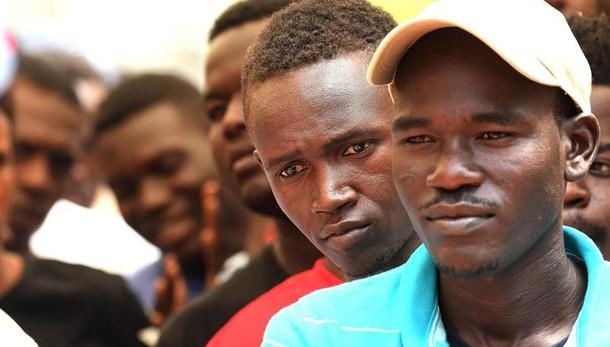 Migranti: pacchetto misure in arrivo