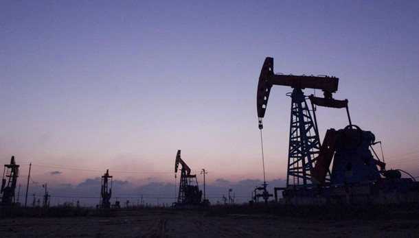 Petrolio: chiude stabile a New York