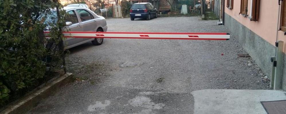 Aggressione in piena notte a Villongo Colpito con una mazza da baseball