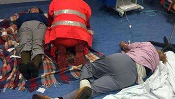 Malati a terra,Nas all'ospedale di Nola