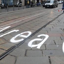 Milano, più semplice l'Area C Si può pagare con un sms