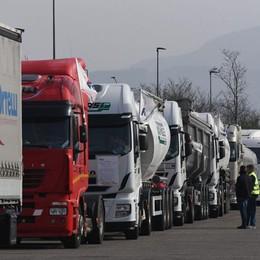 Servono 50 nuovi camionisti l'anno Ma i giovani rifiutano: «Attività pesante»